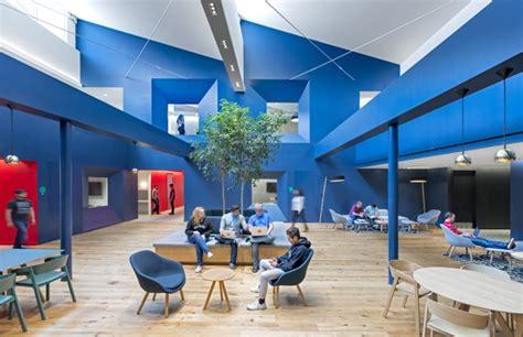bureau collectif les bureaux des entreprises vers l open space type café