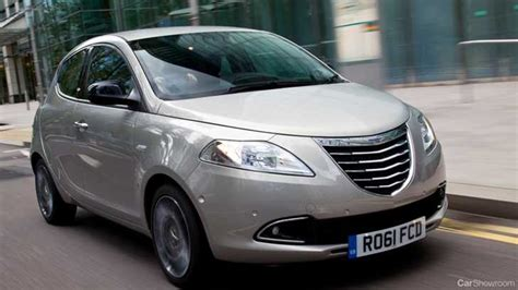 Chrysler Launches Ypsilon Compact And Delta Mid