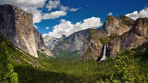 Tunnel View | Discover Yosemite National Park