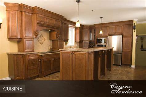 armoir de cuisine pin armoires de cuisine en chene pelautscom on