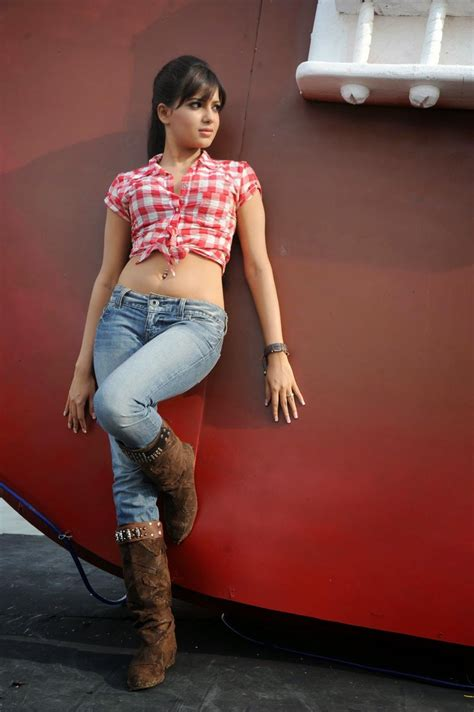 telugu actress hot jeans telugu actress samantha hot navel and back show in jeans