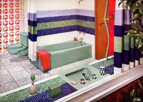 1960 Retro Bathroom Decor
