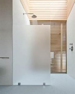 Un box doccia semplice da pulire