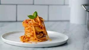 How to plate spaghetti like a pro