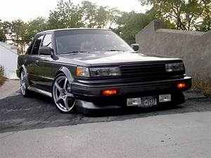 1986 Nissan Maxima - Pictures