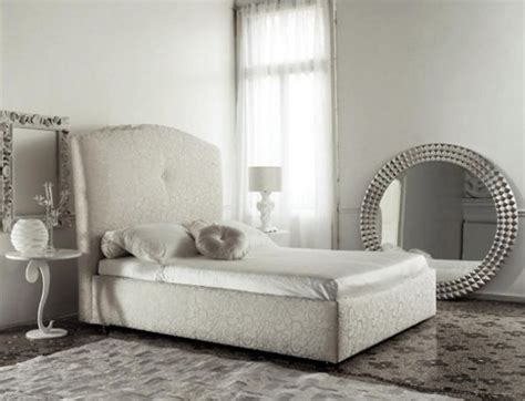 mirrors in bedroom feng shui q a mirrors in the bedroom the tao of dana