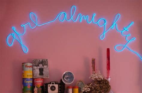 25+ Best Ideas About Neon Room On Pinterest