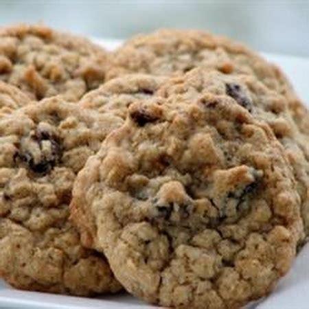 oatmeal raisin cookies oatmeal raisin cookies recipe dishmaps
