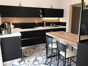Plan De Travail Céramique : cuisine design noire gz55 jornalagora ~ Dailycaller-alerts.com Idées de Décoration