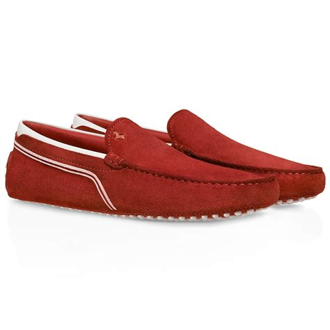 Tod's for ferrari is a tribute to the authentic italian tradition of craftsmanship. Tod's Ferrari Gommino Driving Shoes In Suede in Red for Men | Lyst