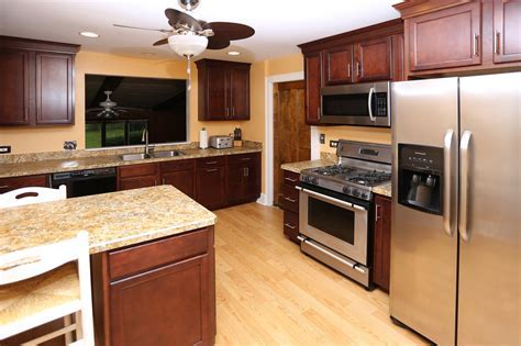 Ugly Kitchen Contest Winner Before/After Photos!   Seigles