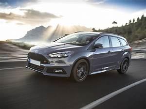 Ford Focus Sw St Line : ford focus 1 5 tdci 120 cv s s pow sw st line prezzi ricambi accessori di serie e a ~ Medecine-chirurgie-esthetiques.com Avis de Voitures