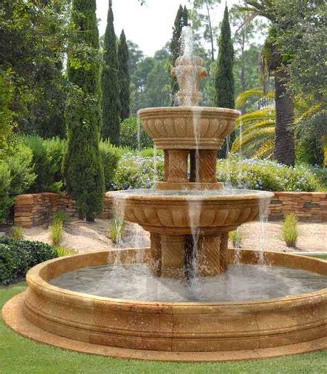water fountains front yard  backyard designs yard