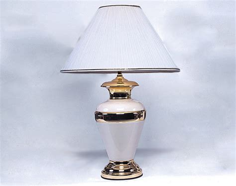 Traditional Living Room Table Lamps