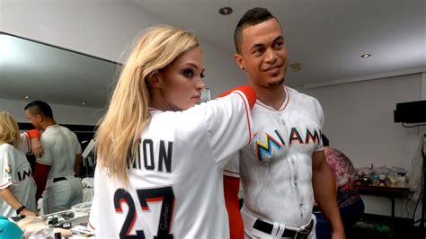 Giancarlo Stanton Graces Si Cover In Body Paint