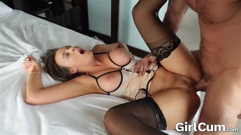 Girlcum She Cums Multiple Times With Dripping Facial