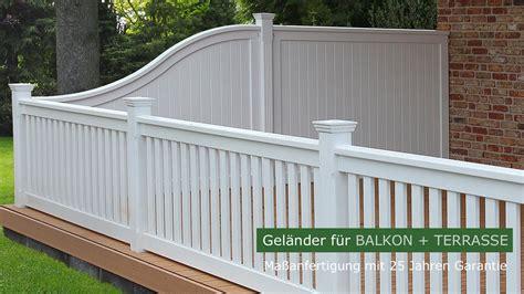 holzbalkon hartholz weiss balkongelaender dachterrasse