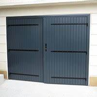 Porte de garage sur mesure aluminium bois pvc snb for Porte garage 200x200