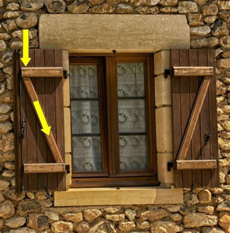 construire un volet en bois menuiserie ext 233 rieure un z qui veut dire zolide reussir ses travaux
