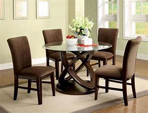 how to decorate your dining room with a round dining table With round dining room table decor
