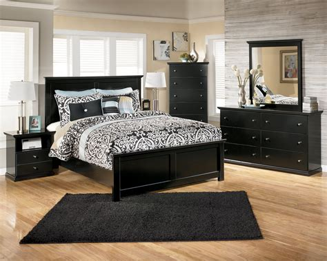 Black Wood Furniture Bedroom