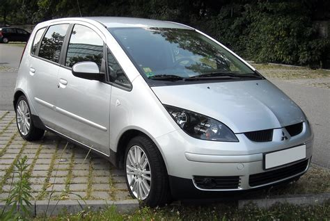 colt mitsubishi mitsubishi colt pictures posters news and videos on