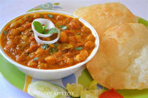 chole bhature indian cooking recipes cuisines  india