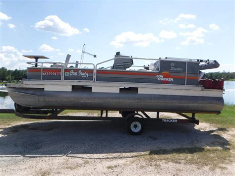 Used Tracker Pontoon Boats by Used Sun Tracker Pontoon Boats For Sale Page 2 Autos Post