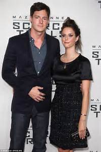 Kaya Scodelario and Benjamin Walker share picture of baby ...
