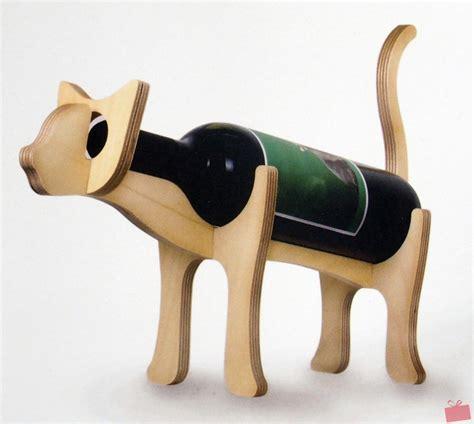 porte bouteille bois porte bouteille en bois chat ou chien le maestro