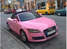 Rosa TT i Stockholm Barbie på besök? Feber Bil