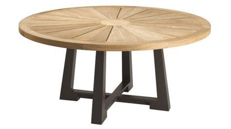 table ronde de jardin contemporaine en bois ralph philippe hurel nath terrasses