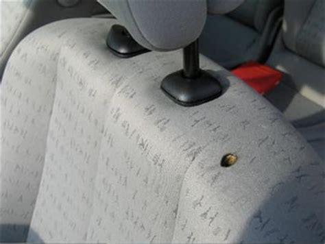 comment laver siege auto tissu comment reparer trou de cigarette dans siege voiture