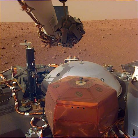 NASA InSight Sends Back New High-Res Photos from Mars ...