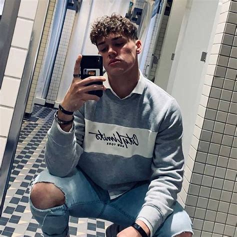 sway house ist noah beck neues mitglied   jungs