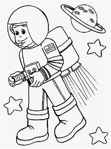 Astronaut Colouring Pages | Realistic Coloring Pages