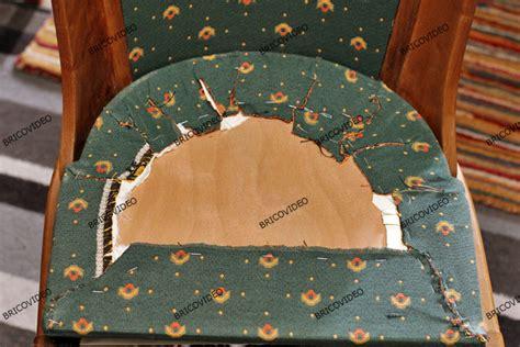 recouvrir des chaises bricolage restauration d 39 une chaise en bois refaire