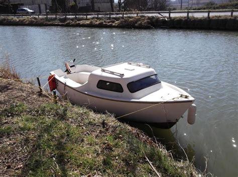 petit bateau siege troc echange petit bateau a moteur sans permie sur