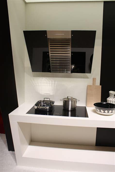 ventilation hotte cuisine hottes de cuisine design une sélection du salon eurocucina