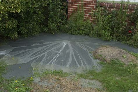How To Cover Up Mud In Backyard by Mud Volcano In His Yard 25 Photos Page 1