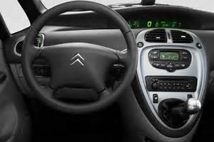 voitures et automobiles: Citroën Xsara Picasso