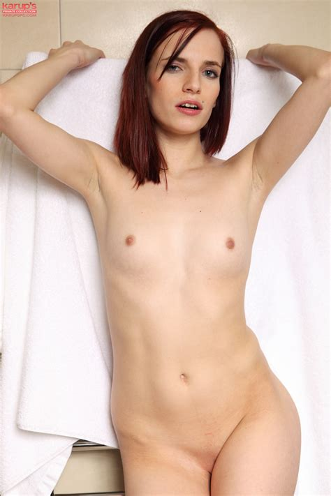 30731939238313577365 In Gallery Ultimate Small Breast