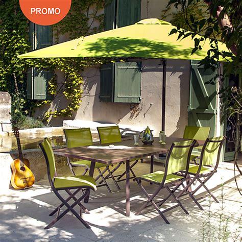 ensemble table et chaise de jardin pas cher ensemble repas barcelona 6 chaises pliantes parasol