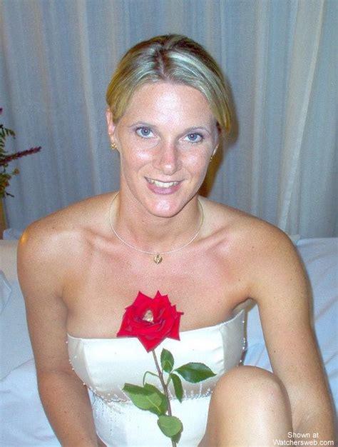 Watchersweb Amateur Milf Wife Sexy Roses Crew View