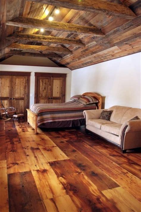 reclaimed barn wood flooring antique pine