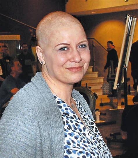 Kalender der Krebskranken Vanessa Weil Sie gibt der