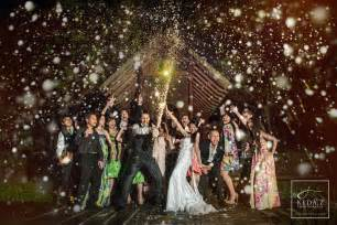 creative wedding ideas 500px the photographer community 55 creative wedding entourage photo ideas
