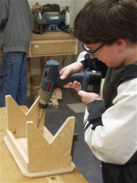 kids woodworking project  small bench finewoodworking