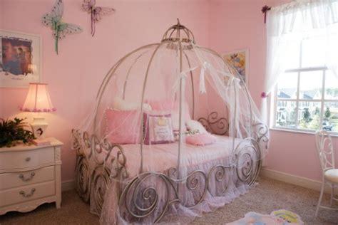 chambre princesse fille idee decoration chambre fille princesse visuel 5