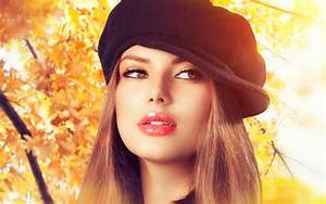 Beautiful Girl Images Collection For Free Download